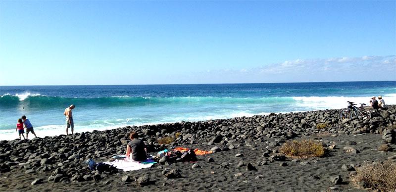Playa de arena negra y callaos de El Golfo, Lanzarote