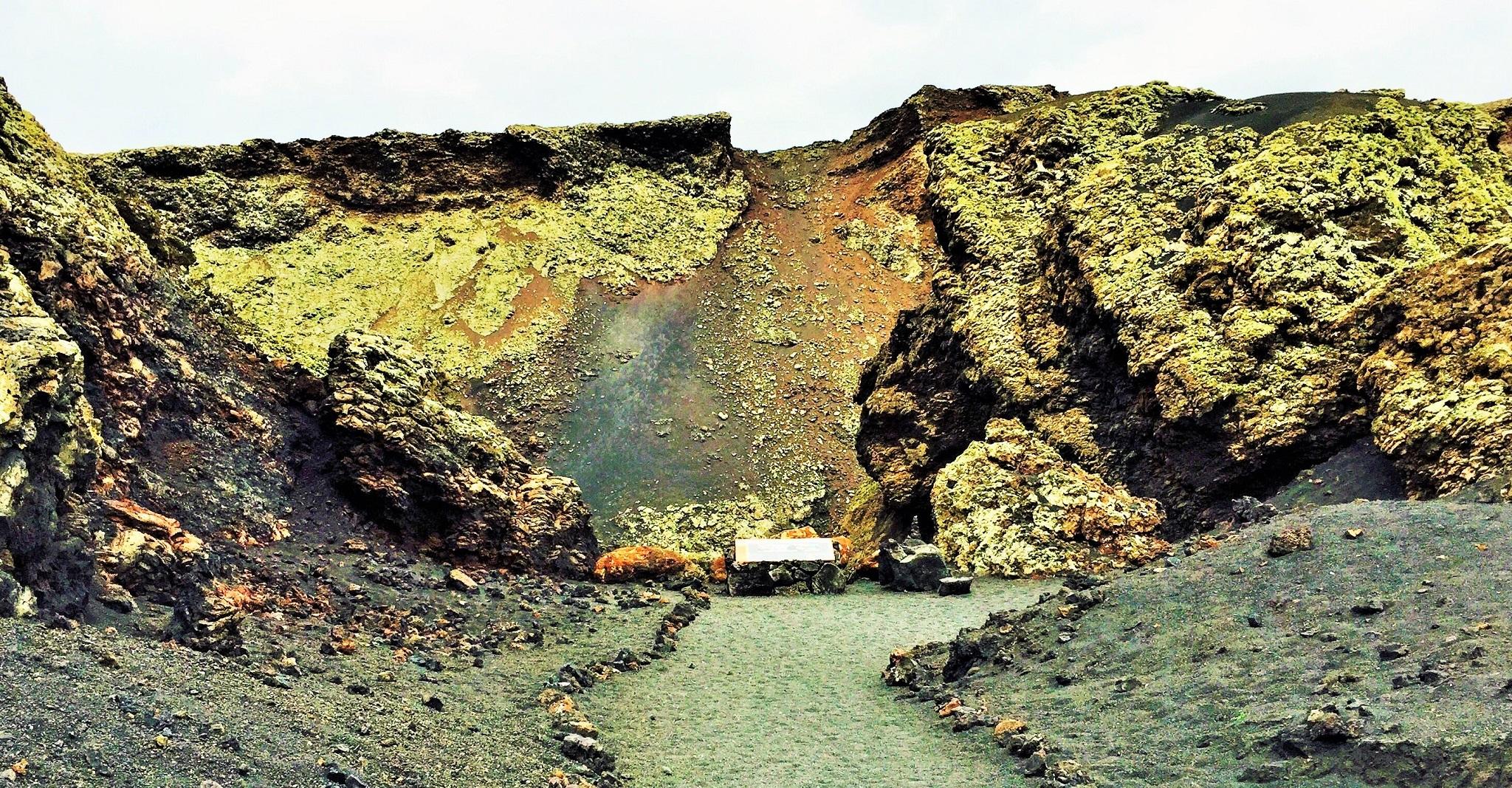 Vereda al cráter