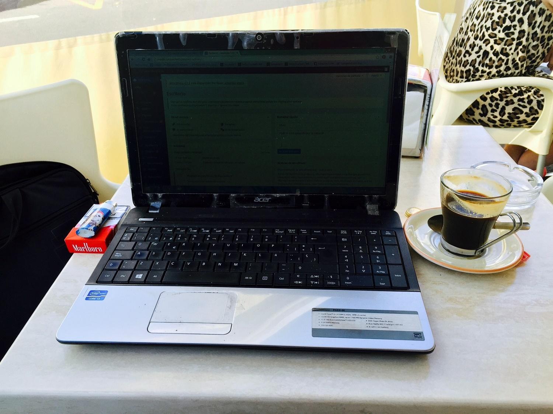 Café, tabaco y a escribir