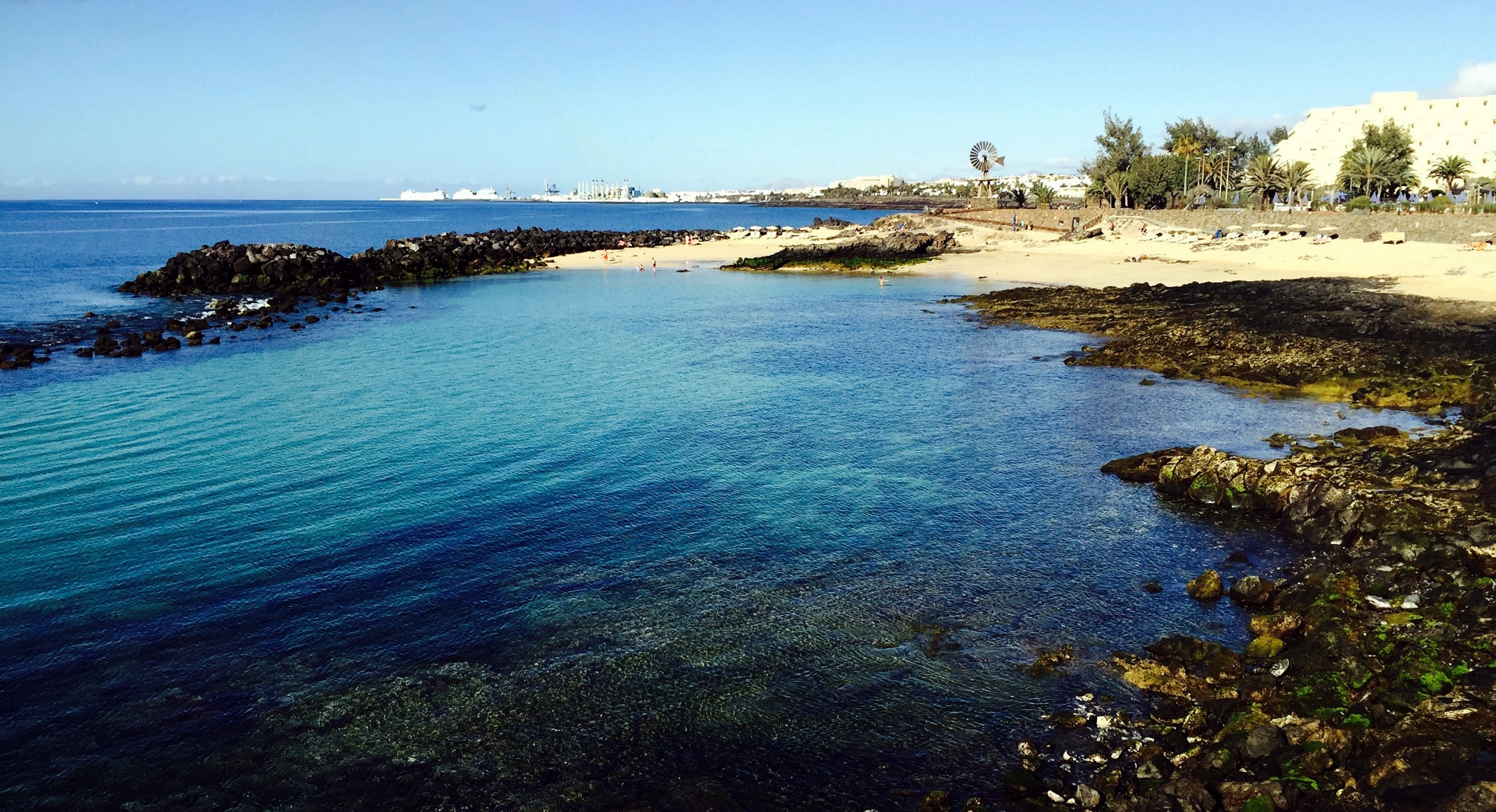 Costa Teguise, 9:30 am, jueves 9 de marzo de 2015