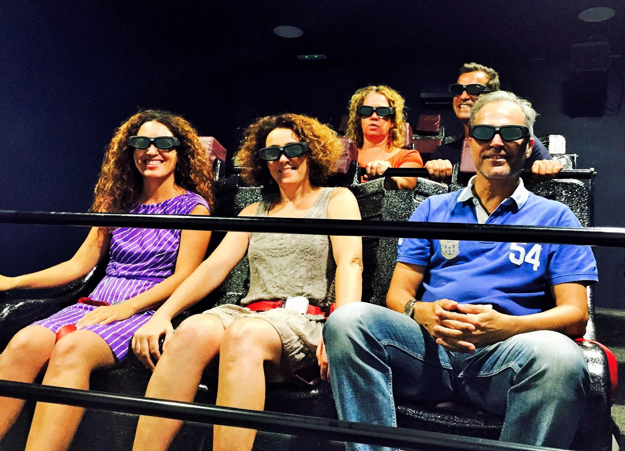 Blogueros con gafas 3D