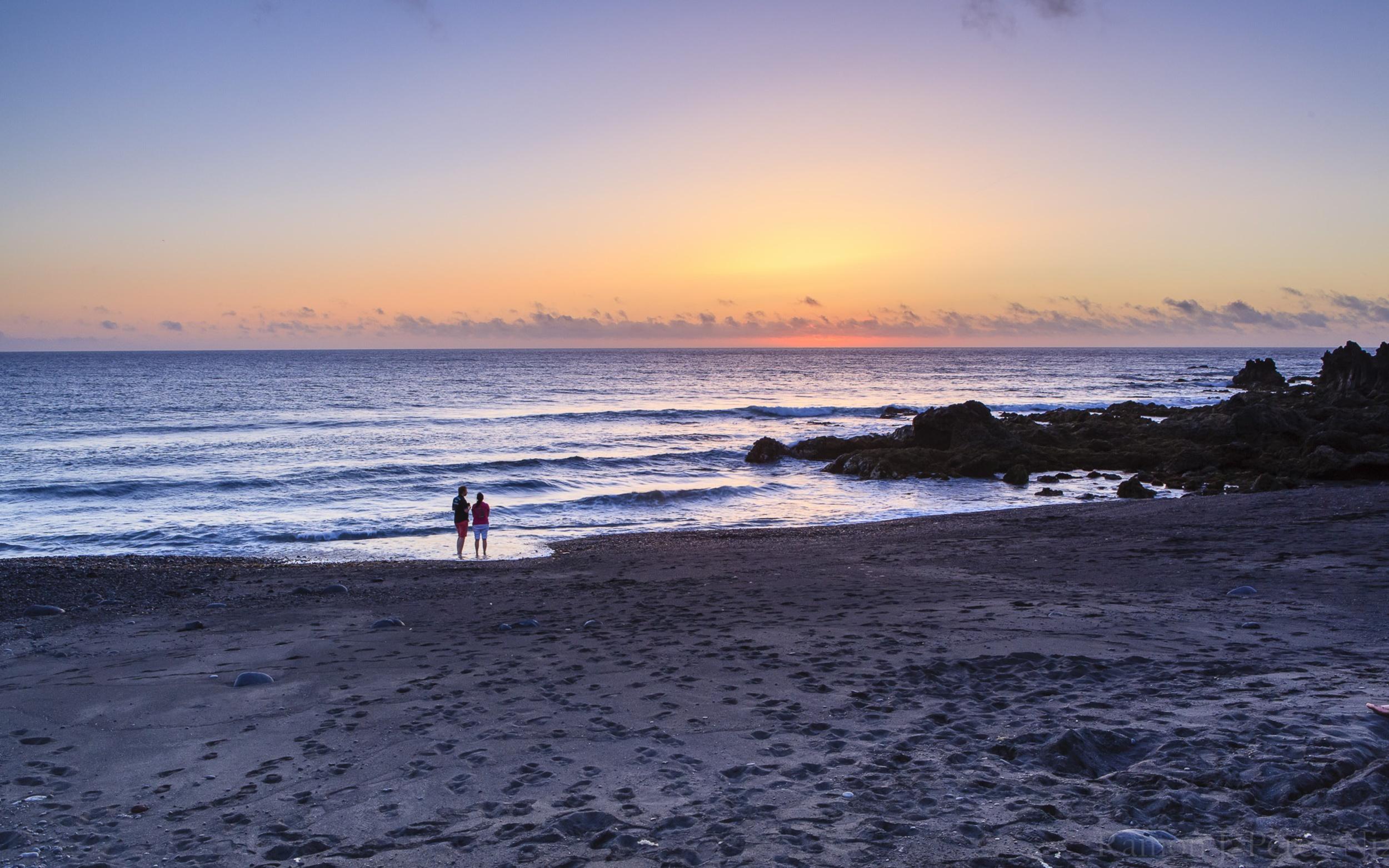Atardecer en la playa de Montaña Bermeja, fotografía de Ramón Pérez Niz