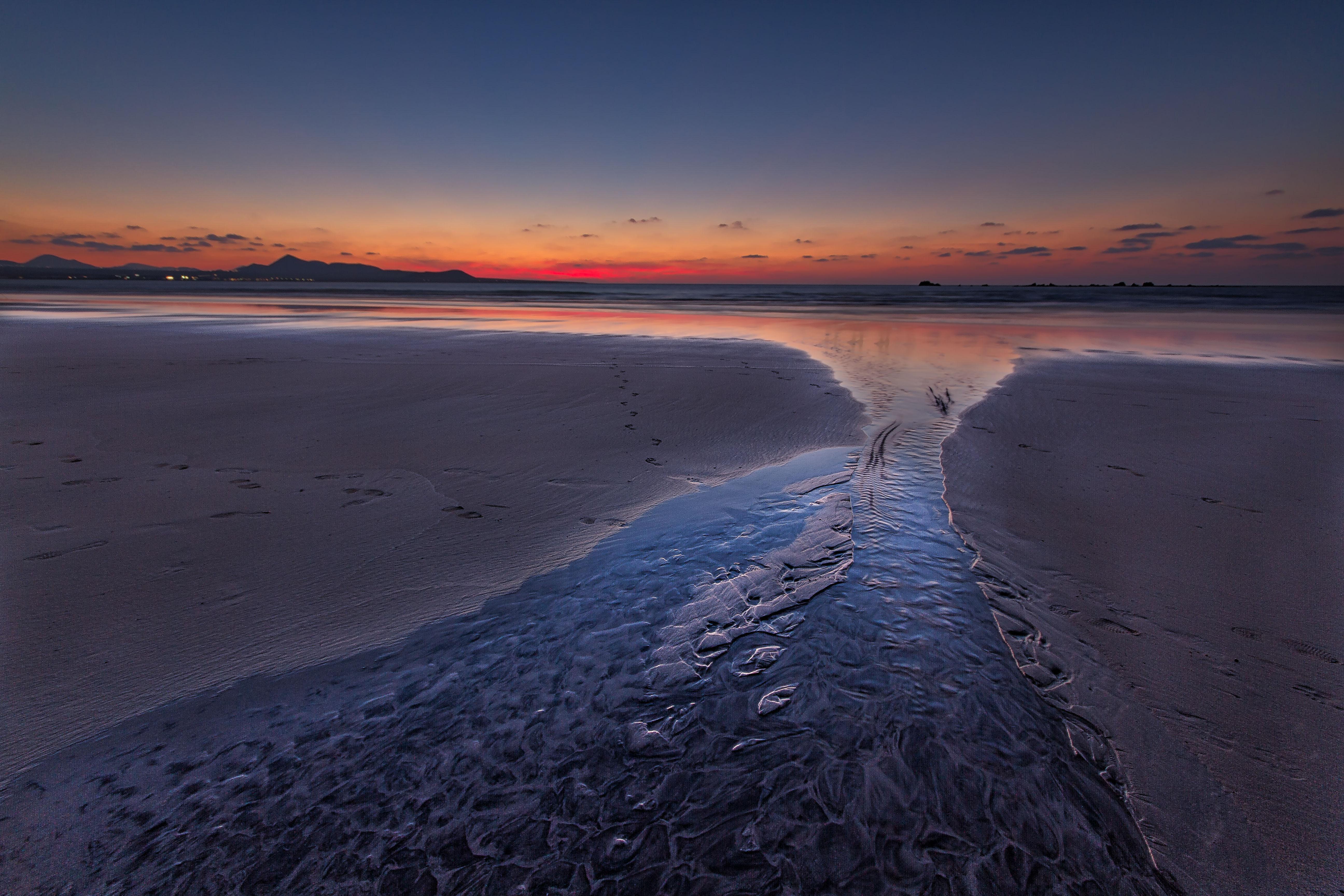 Atardecer en playa de Famara , Lanzarote, fotografía de Dolmancé