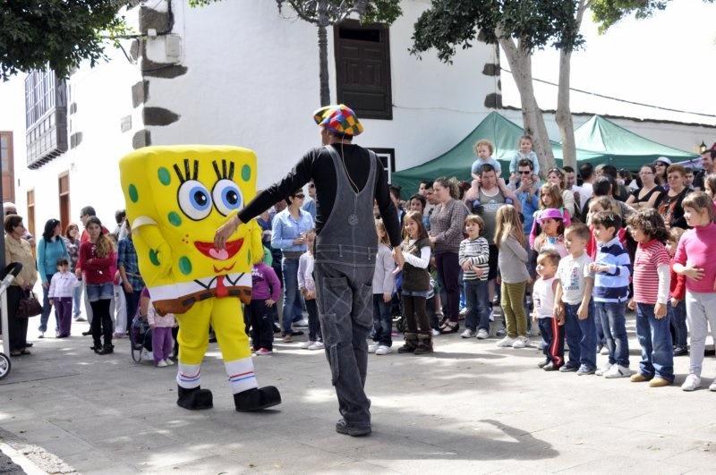 Carnaval Infantil en la plaza de Haría