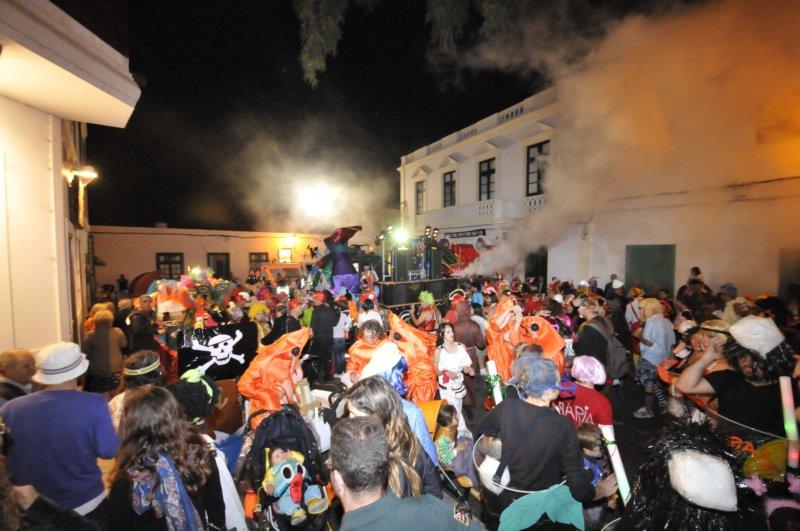 Desfile de mascaritas en Haría