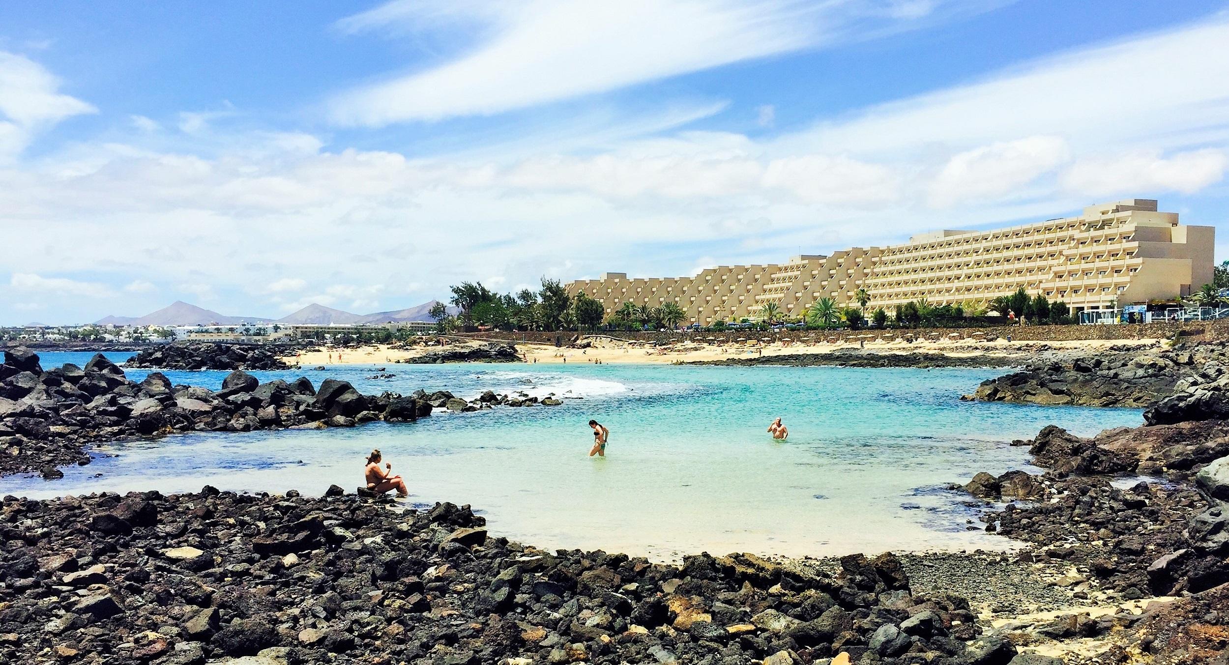 Playa El Jablillo Costa Teguise Lanzarote